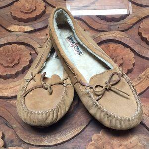 Leather Minnetonka moccasins/slippers